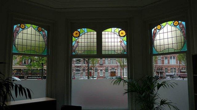 glas in lood raam geplaatst in Naarden